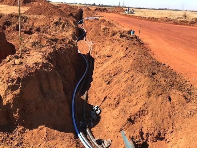 Optic fiber and electric cables in trench, Ext 7