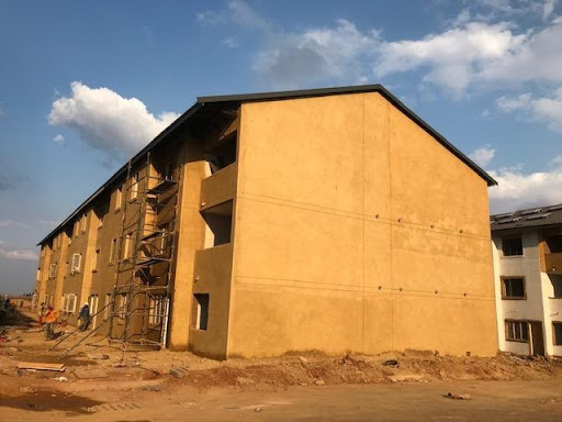 External plaster completed at a block (B53)